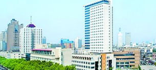 郑州市骨科医院引进飞龙医疗外星舱非手术脊柱减压系统